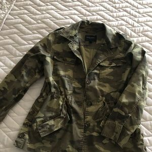 BANANA REPUBLIC Camo Jacket XS